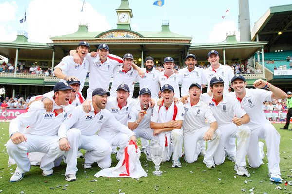 2010 Ashes Winners England celebrate at SCG
