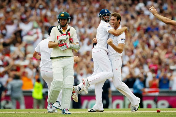 Chris Tremlett celebrates - SCG - 2010 Ashes