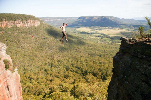 Highlining In The Blue Mountains