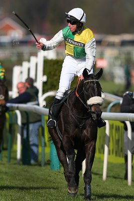Many Clouds Crabbie's Grand National 2015