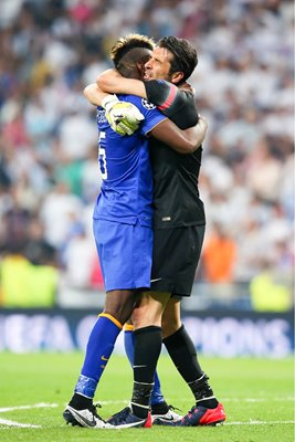 Paul Pogba & Gianluigi Buffon Juventus v Real Madrid Bernabeu 2015