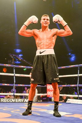 Anthony Agogo beats Greg O'Neil Glasgow 2014