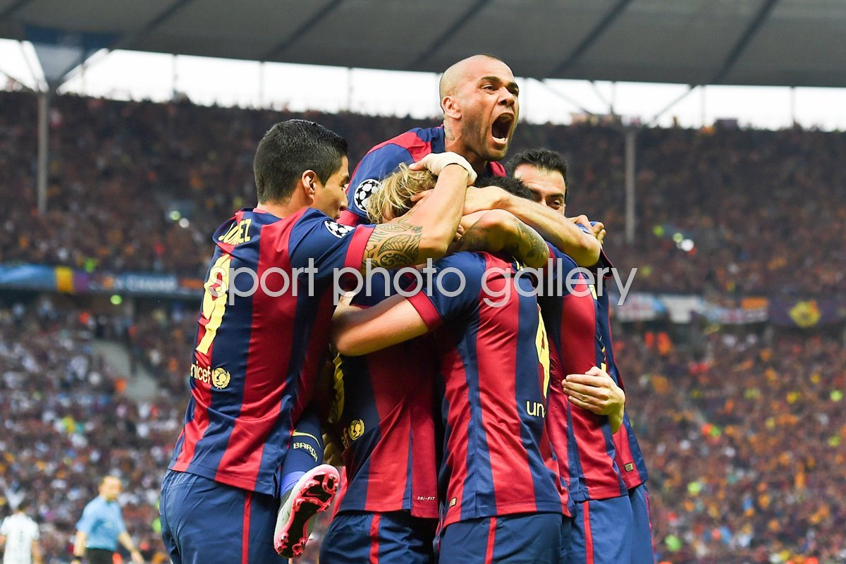 Daniel Alves Barcelona celebrates with team mates