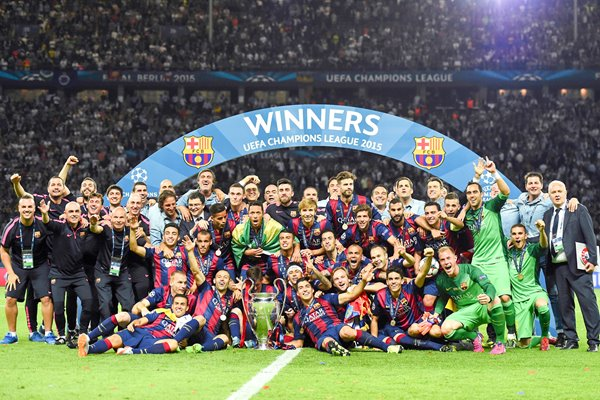 Barcelona team celebrate victory Champions League
