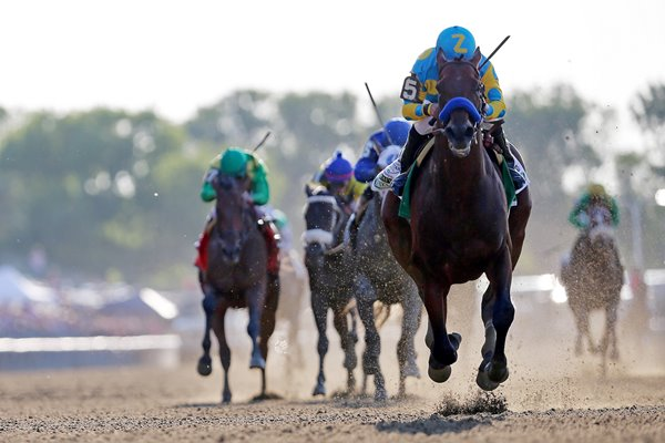 American Pharoah wins 147th Belmont Stakes 2015