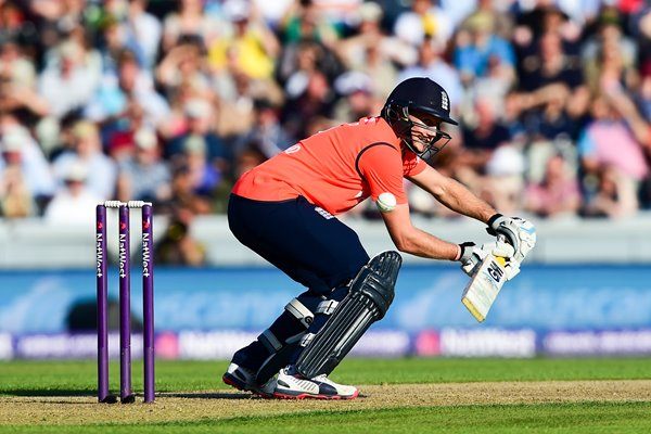 Joe Root England v New Zealand T20 Old Trafford 2015
