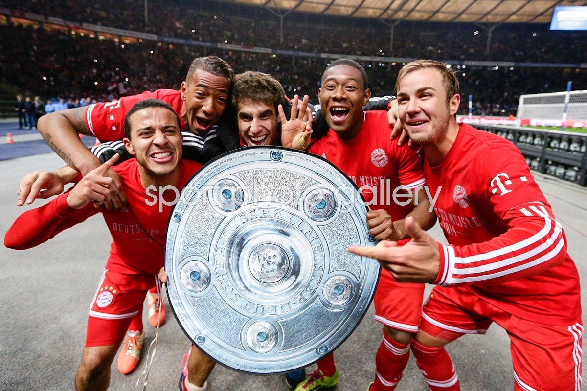 Bayern Munich players celebrate 2014