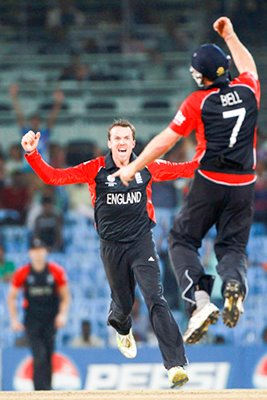 Graeme Swann Celebrates World Cup