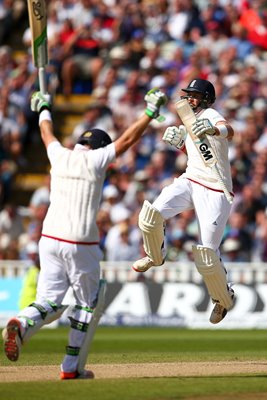 2015 Joe Root & Ian Bell Edgbaston Ashes 2015