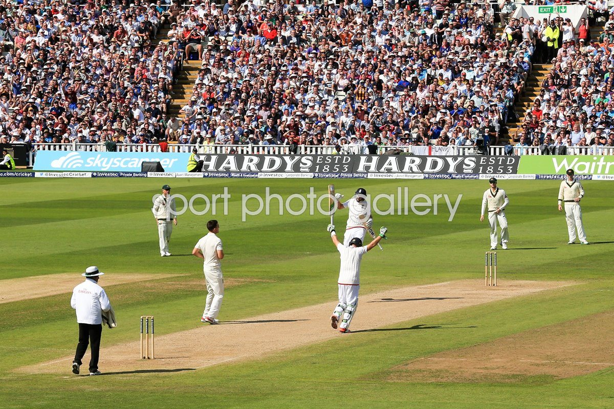 Ian Bell and Joe Root celebrate England win 3rd Ashes Test 2015