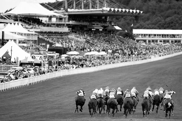 Goodwood Races BW