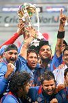 Sachin & India celebrate World Cup  Prints