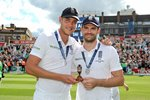 2015 Stuart Broad & James Anderson Oval Canvas