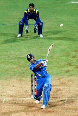 MS Dhoni India hits 6 to win World Cup
