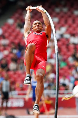 Ashton Eaton USA Decathlon Pole Vault Beijing 2015