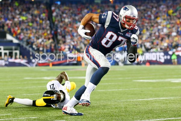 Rob Gronkowski New England Patriots v Pittsburgh Steelers