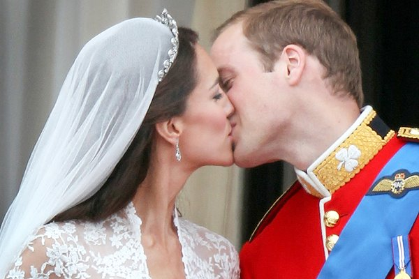 Royal Wedding - The Kiss