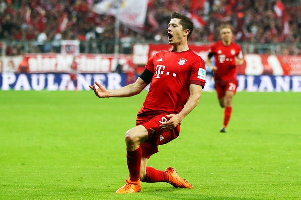 Lewandowski Bayern Munich celebrates goal