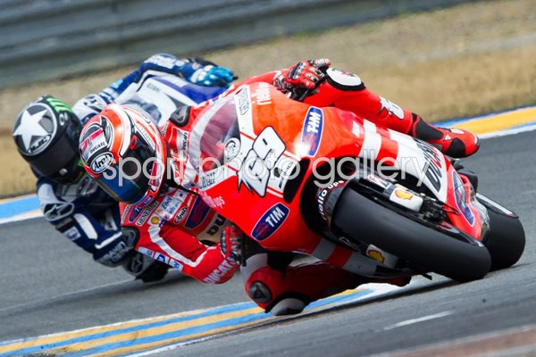 Nicky Hayden leads Ben Spies Le Mans 2011