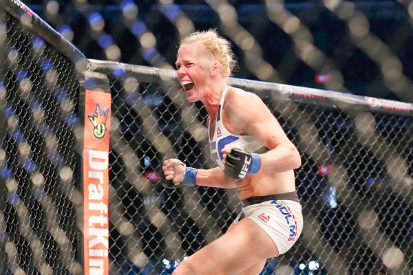 Holly Holm beats Ronda Rousey Melbourne 2015