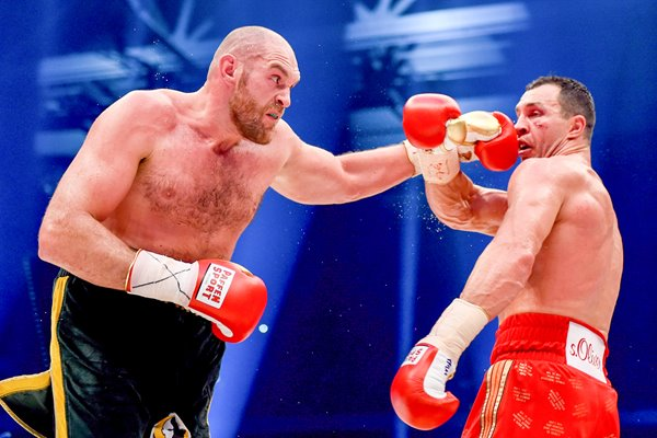 Tyson Fury beats Wladimir Klitschko World Title Fight 2015