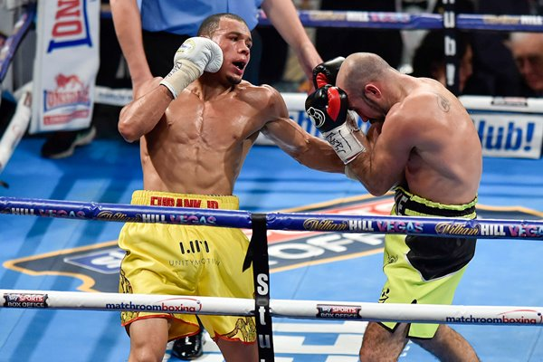 Chris Eubank Jr beats Gary O'Sullivan London 2015