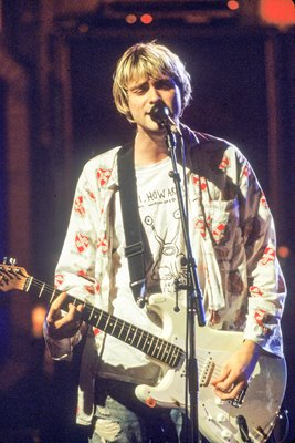 Kurt Cobain MTV Awards 1992