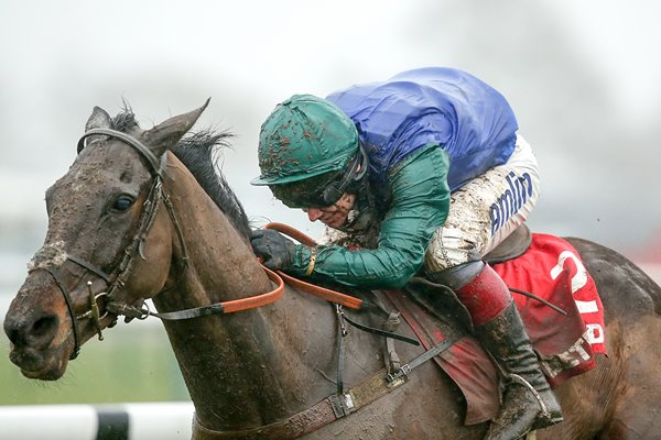 Bishops Road ridden by Richard Johnson Betfred Grand National Trial