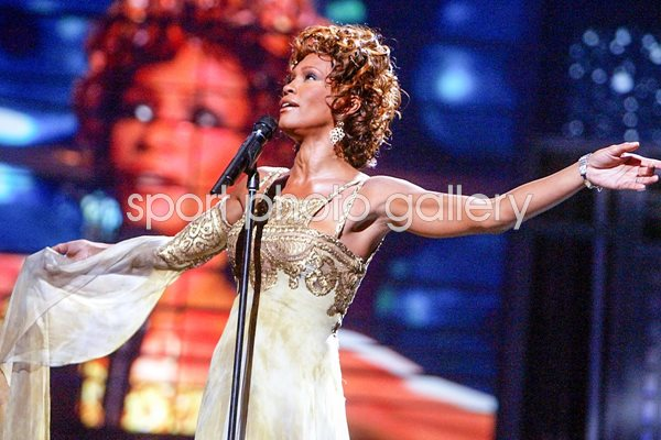 Whitney Houston World Music Awards 2004