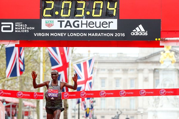 Eluid Kipchoge wins London Marathon 2016