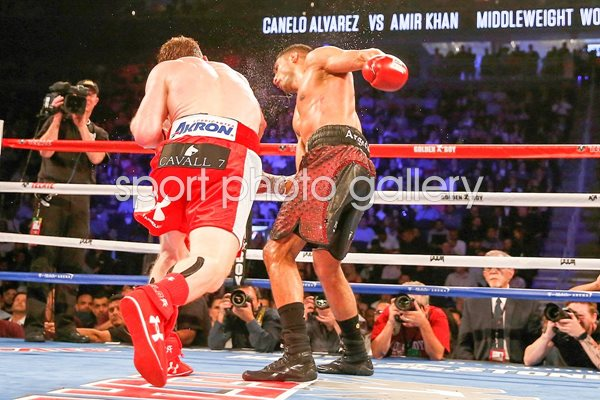 Canelo Alvarez knock out punch v Amir Khan 2016