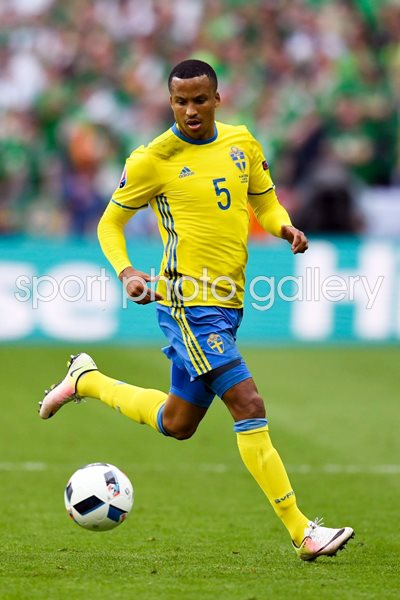Martin Olsson Sweden v Ireland Paris Europeans 2016