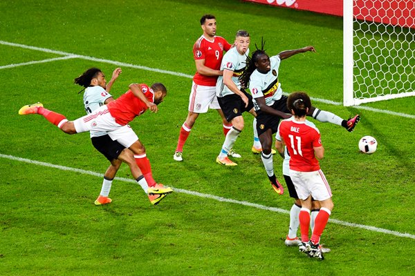 Ashley Williams Wales scores v Belgium Quarter Final 2016