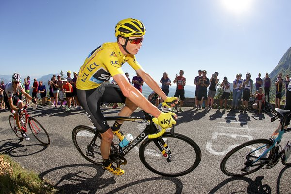 Chris Froome Yellow Jersey Stage 15 Tour 2016