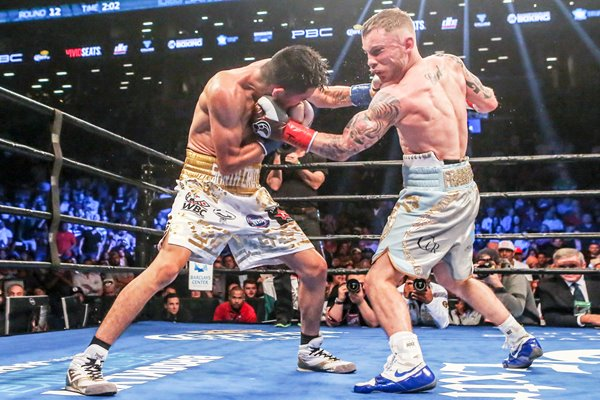 Leo Santa Cruz v Carl Frampton New York 2016