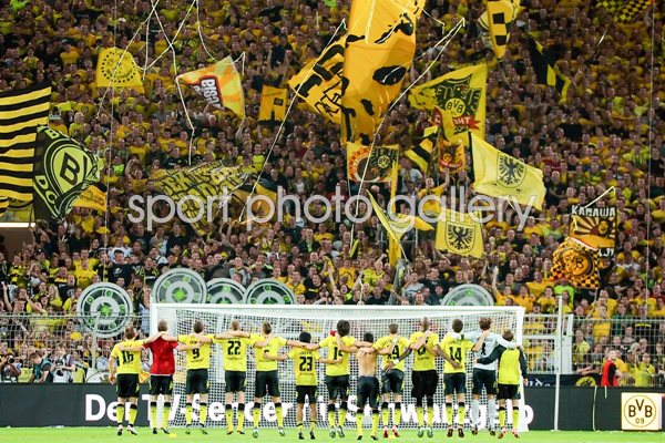 Borussia Dortmund - team and fans