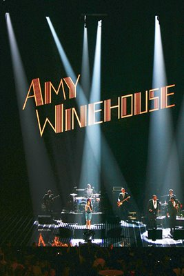 Amy Winehouse performs at MTV Europe Awards 2007