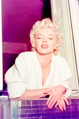 Marilyn Monroe from window
