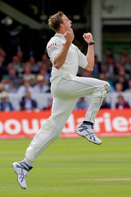 Morne Morkel celebrates wicket at Lord's 2008