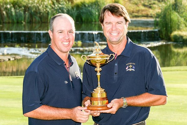 Zing and Boo pose with Ryder Cup at Valhalla 2008