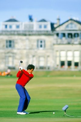 Seve tees off 18th at St Andrews Open 1984