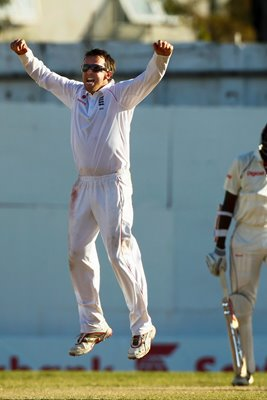 Graeme Swann celebrates in Antigua 2009