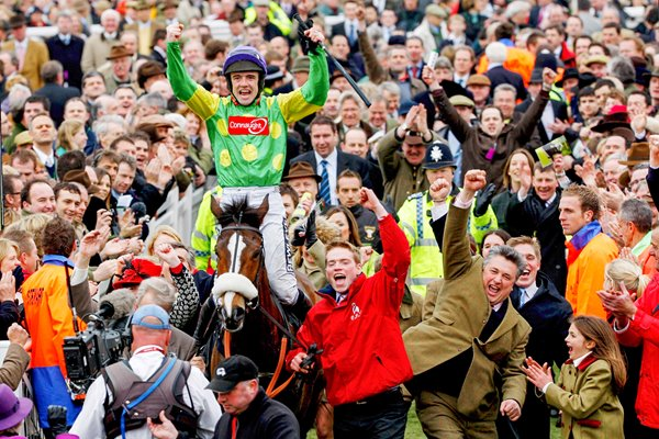 Gold Cup Winners Kauto Star and Ruby Walsh