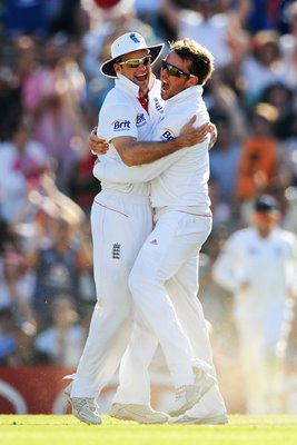 Andrew Strauss and Graeme Swann Oval 2011