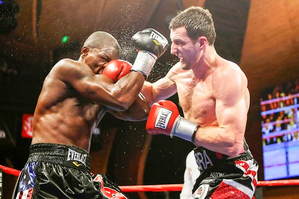 Carl Froch dominates Jermain Taylor 2009