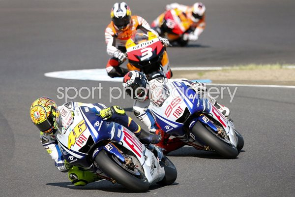 Rossi leads Lorenzo and Pedrosa - Japan 2009
