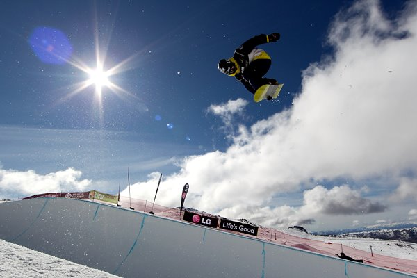 Taku Hiraoka Snowboard Half Pipe New Zealand 2011