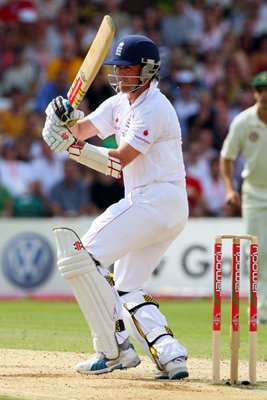 Graeme Swann entertains at Headingley - Ashes 2009