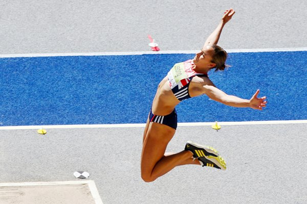 Jessica Ennis Flying in Berlin 2009