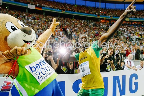 Bolt and Berlin Bear celebrate in style